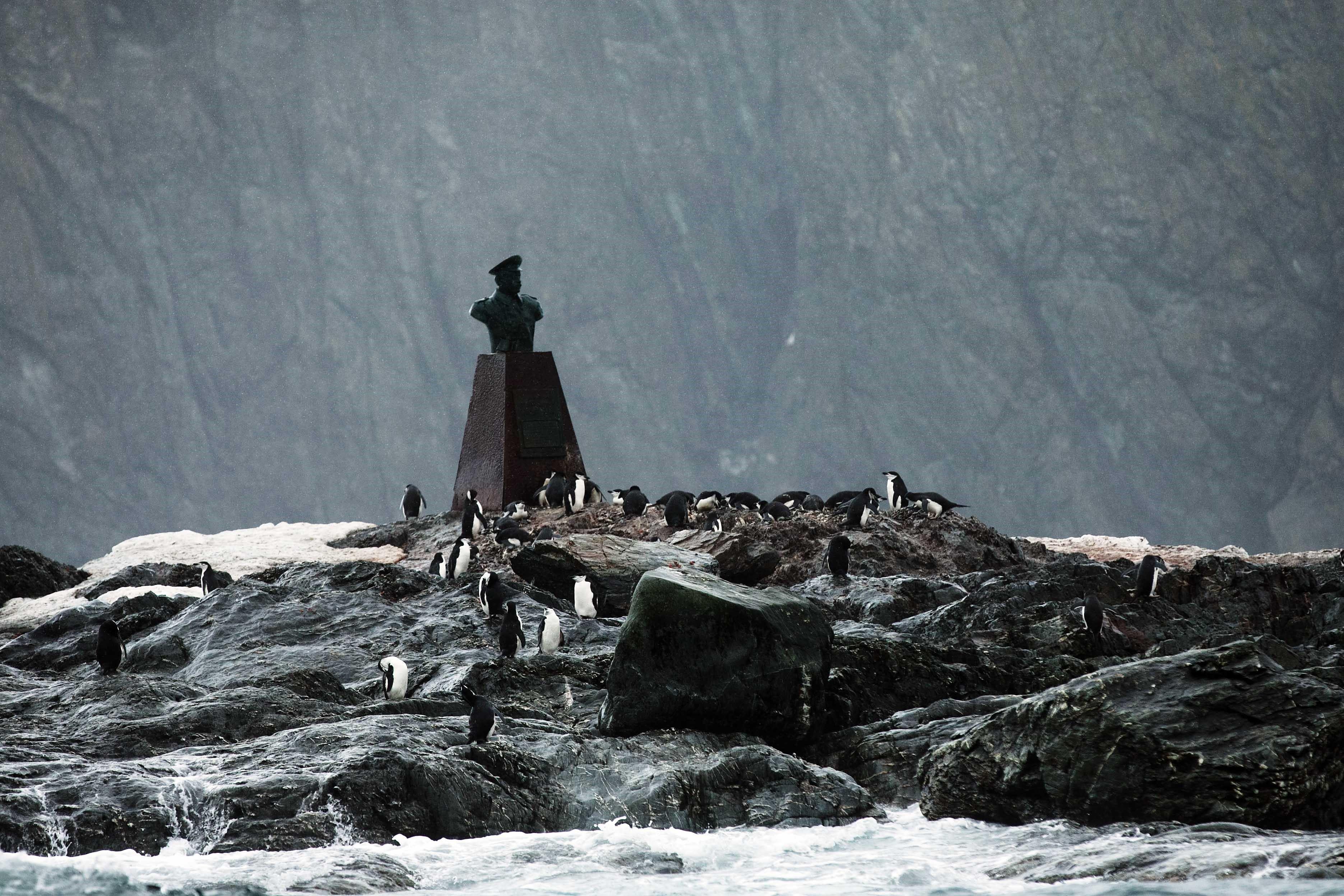 Statue of Captain Luis Alberto Pardo Villalón, Point Wild, Elephant Island