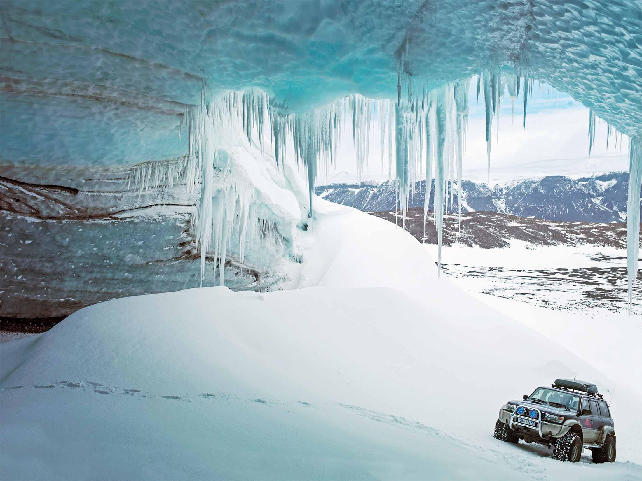 An Iceland glacier tour by 4x4