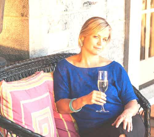 Lauren Mowery, Wine writer