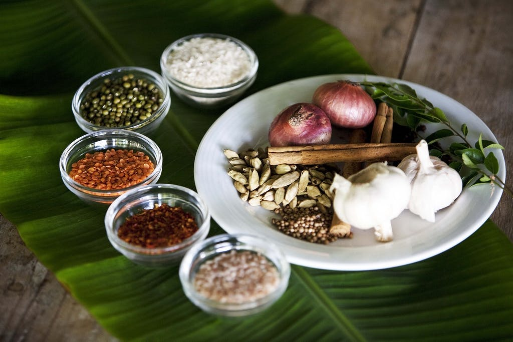 Oil, spices and herbs - Sri Lankan Ayurveda