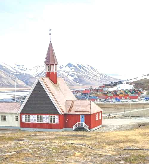 silversea-arctic-cruise-church-longyearbyen-norway