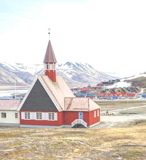 silversea-arctic-cruise-church-longyearbyen-norway