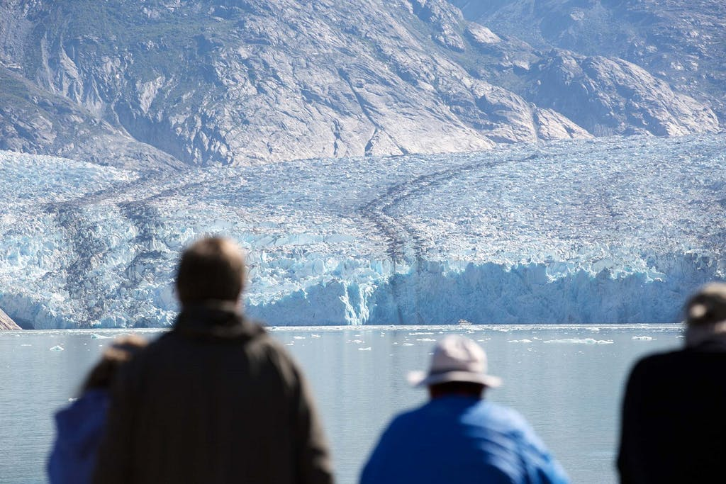 Photographing glaciers in Alaska