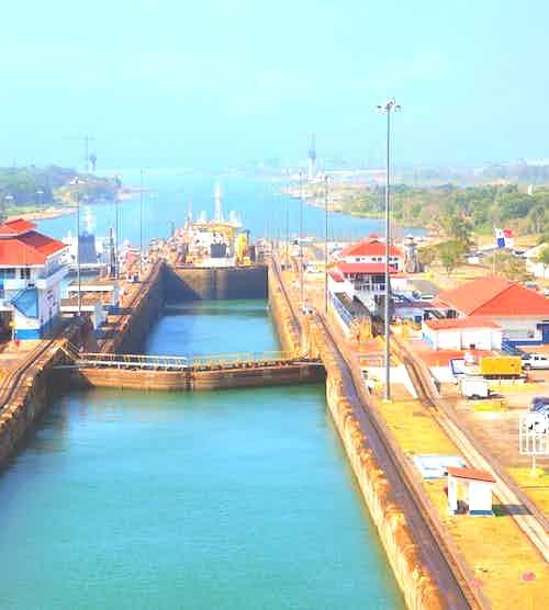 silversea-luxury-cruises-panama-canal-transit