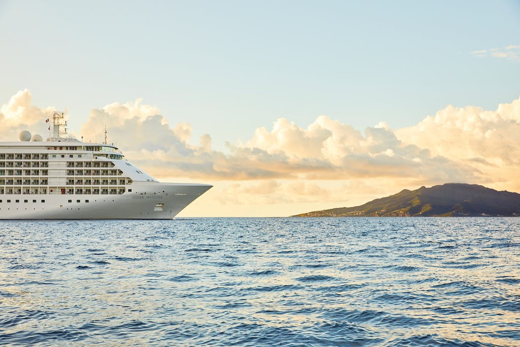 Silver Whisper, the vessel of the World Cruise