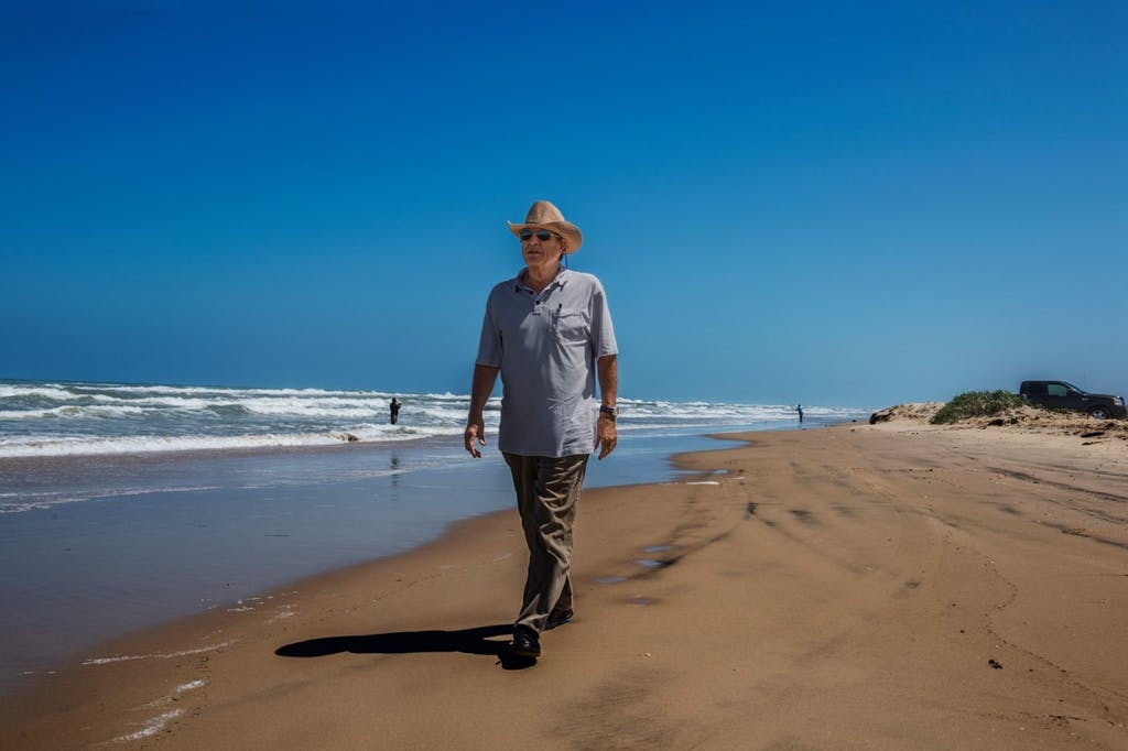 Paul Theroux in Mexico